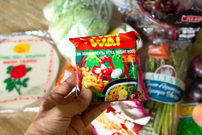 asian grocery store ramen noodles