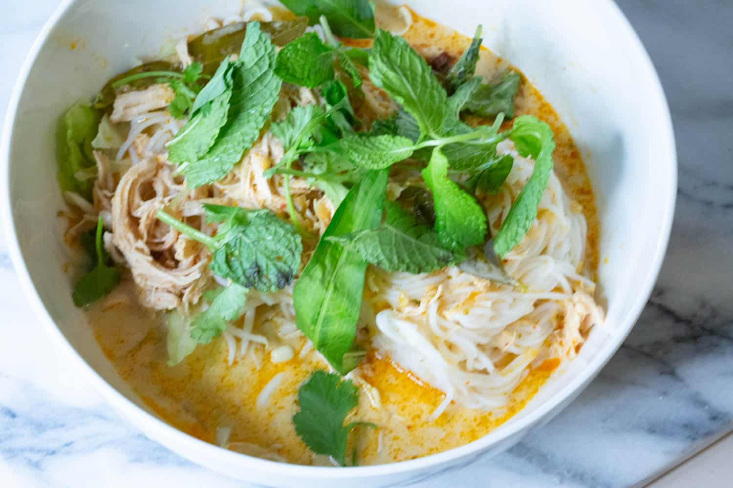 lao red curry noodle