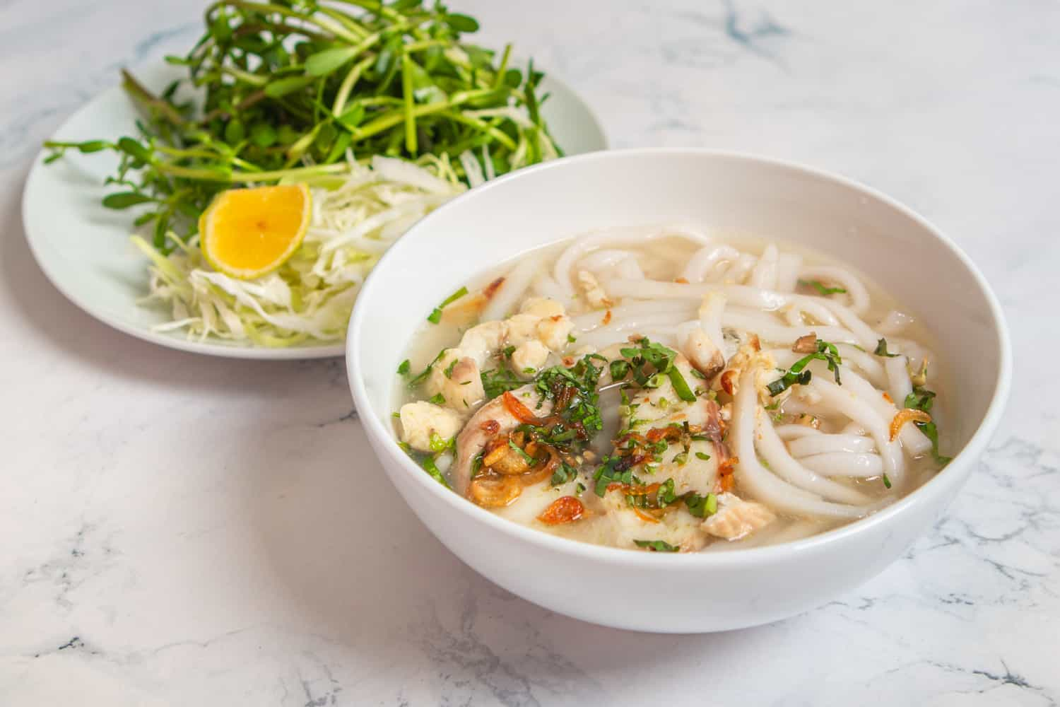 vietnamese banh canh noodle soup