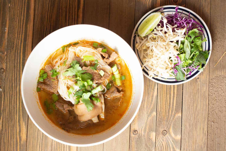 bun bo Hue Vietnamese spicy noodle soup