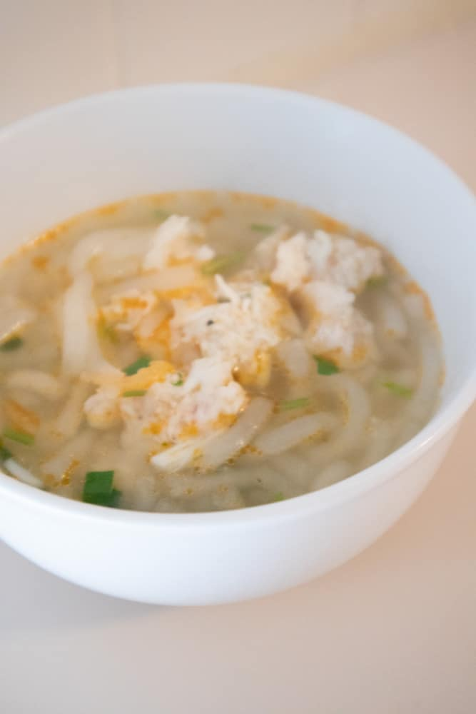 vietnamese banh canh tom cua shrimp and crab noodle soup